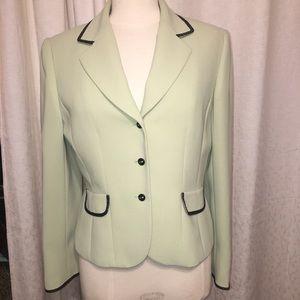 Beautiful Tahari mint green fitted blazer.